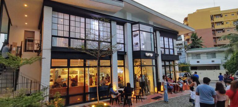 Tamp Cafe: The Black & White Exterior Café